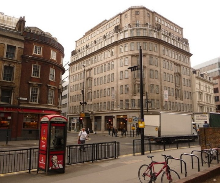 commercial and office cleaning in aldgate e1